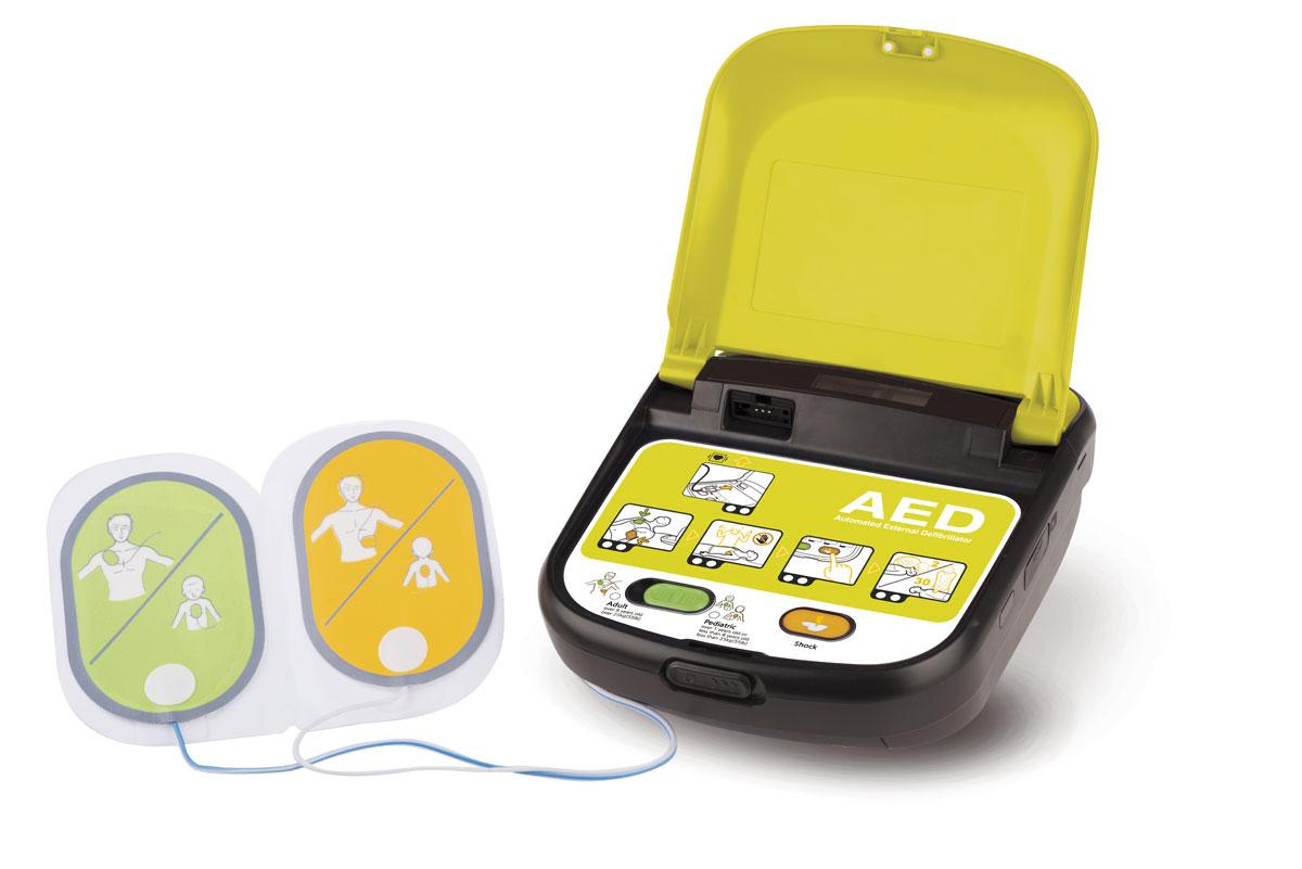 Defibrillatore2013_TG_aperto